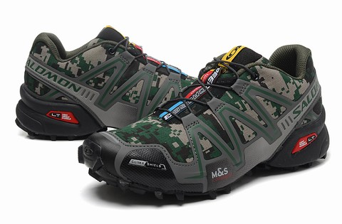chaussure salomon pour trail chaussures salomon xr crossmax chaussures randonnee salomon go sport. Black Bedroom Furniture Sets. Home Design Ideas